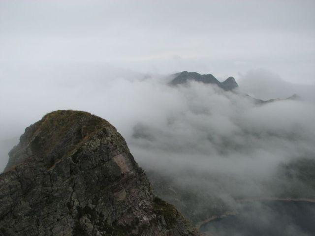 Valle brembana baite di mezzeno monte corte trekking for Piccoli piani di baite
