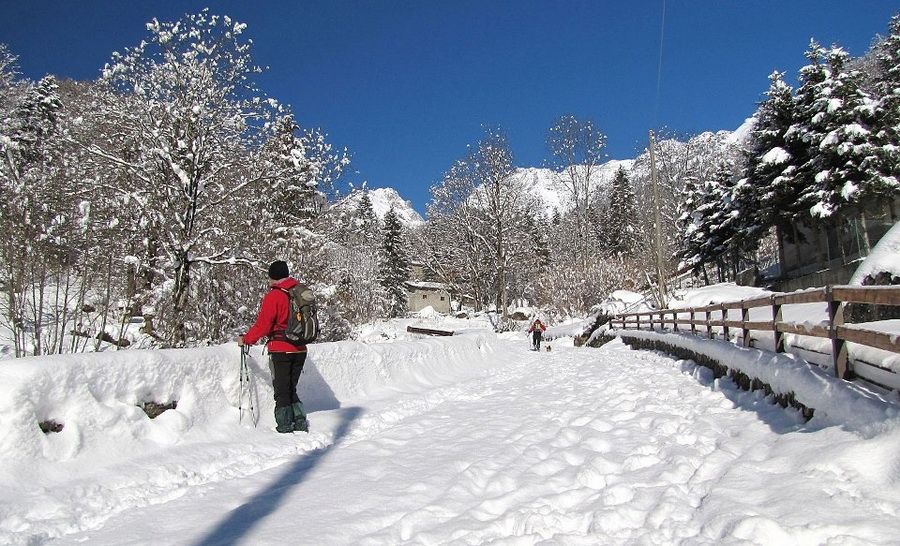 Valle brembana ornica cesur piani dell 39 avaro cusio for Piccoli piani di baite