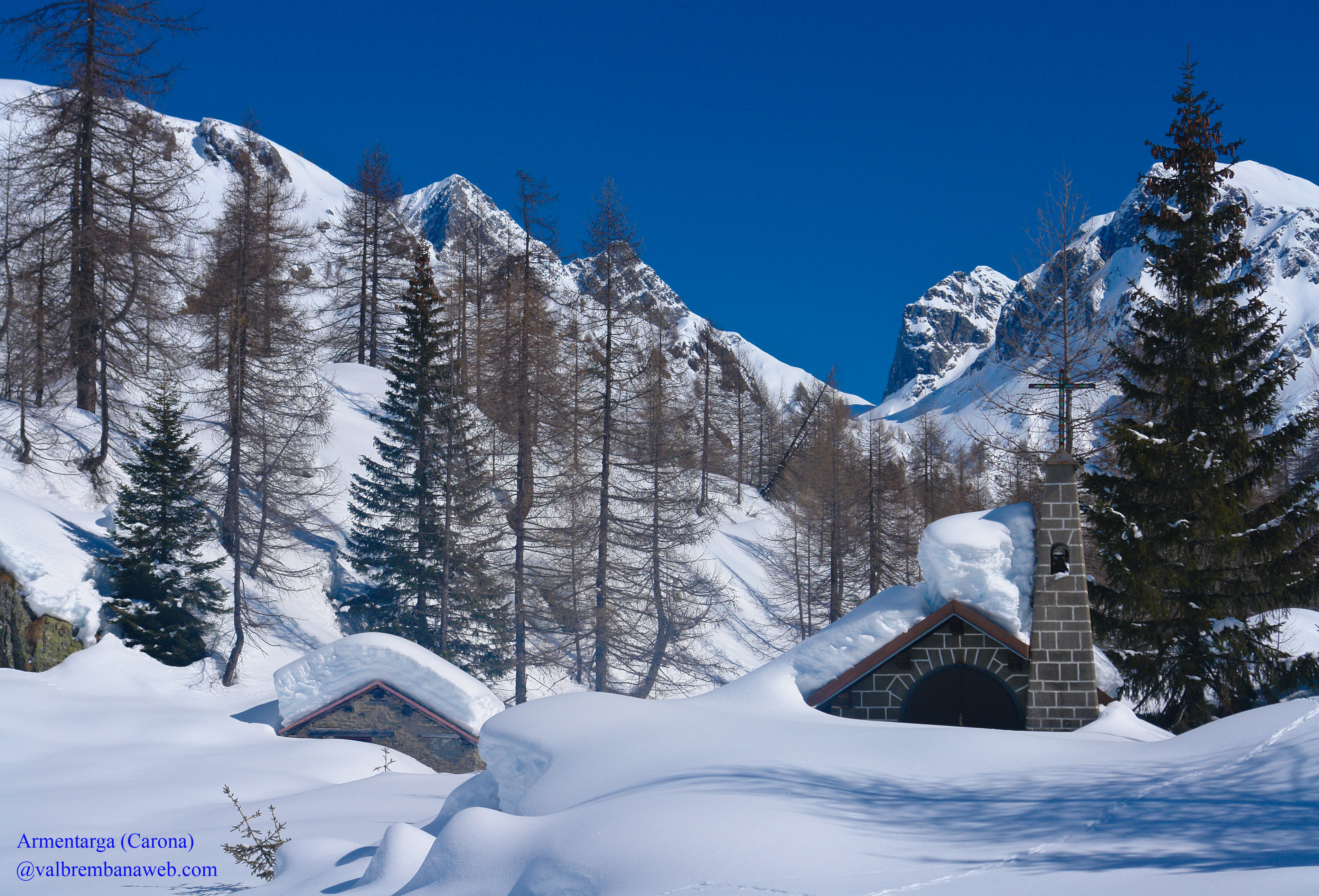 Valle brembana invernale ai magici scenari della conca for Sfondi gratis desktop inverno