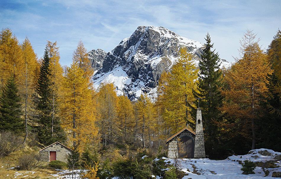 Valle brembana l 39 autunno in armentarga conca calvi for Sfondi autunno hd