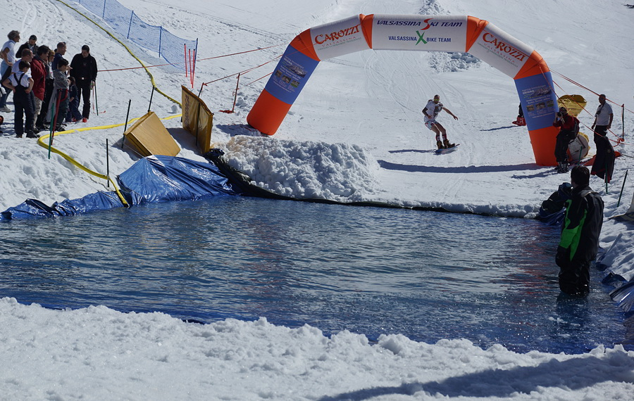 Valle brembana snow splash 2013 piani di bobbio for Piani di coperta a 2 piani