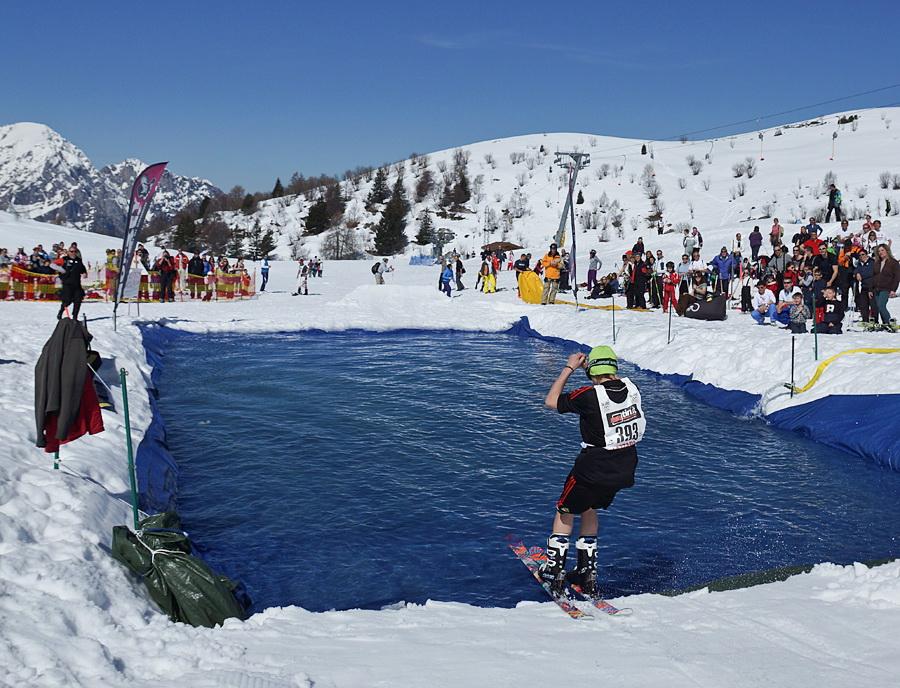 Valle brembana snow splash 2013 piani di bobbio for Piani di piani di casa