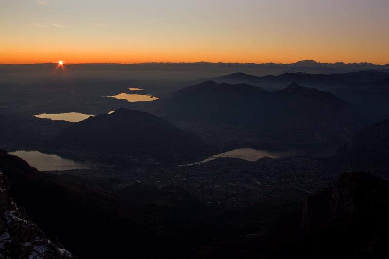 Valle brembana tramonto natalizio dal resegone for Rifugio resegone valle imagna