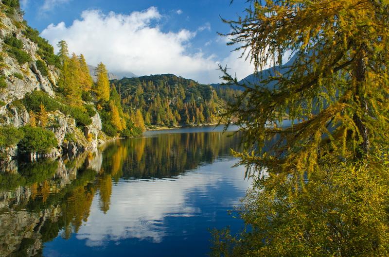 Valle brembana i colori autunnali dei laghetti alpini for Immagini spettacolari per desktop